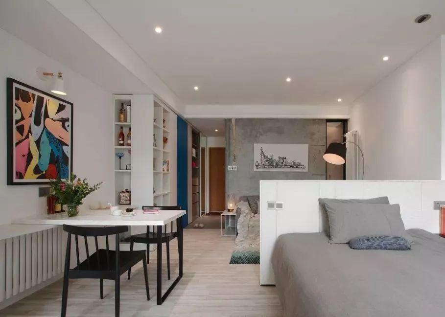 (40平米小户型的客厅拥有:客厅,餐厅,卧室三种功能,又是一个逆天设计