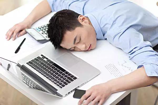 """【心灵鸡汤】为什么""""什么也没做""""反而更疲倦?"""