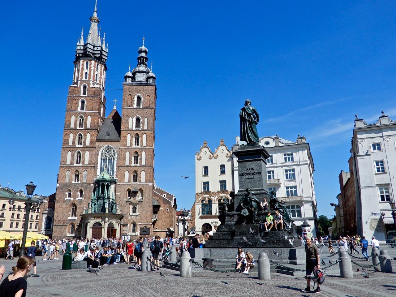 波兰经济总量世界排名_世界经济总量排名