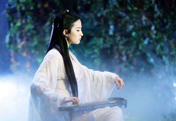 七位古装美女弹琴,杨蓉尽显古典美,刘亦菲宛如仙女,唐嫣简直美哭了!