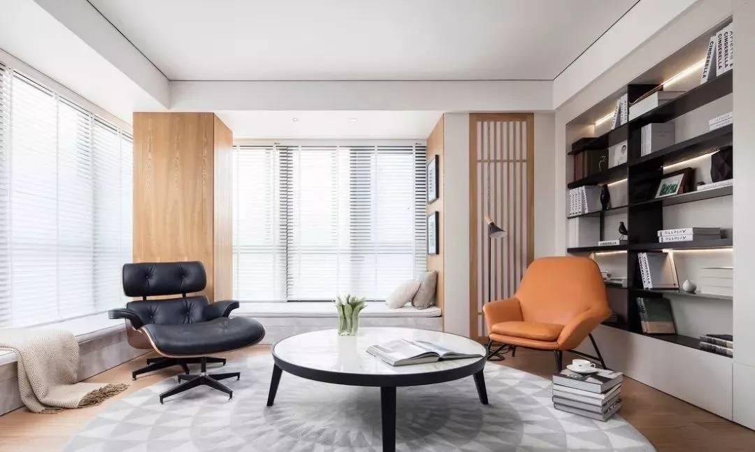 (这个案例客厅拥有客厅,书房,钢琴房,三重属性.)