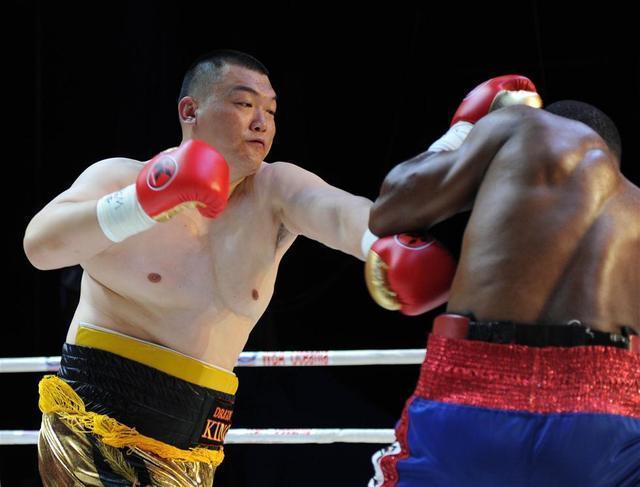 中国三大重量级拳手谁最强?亚洲泰森张君龙曾3次KO张志磊