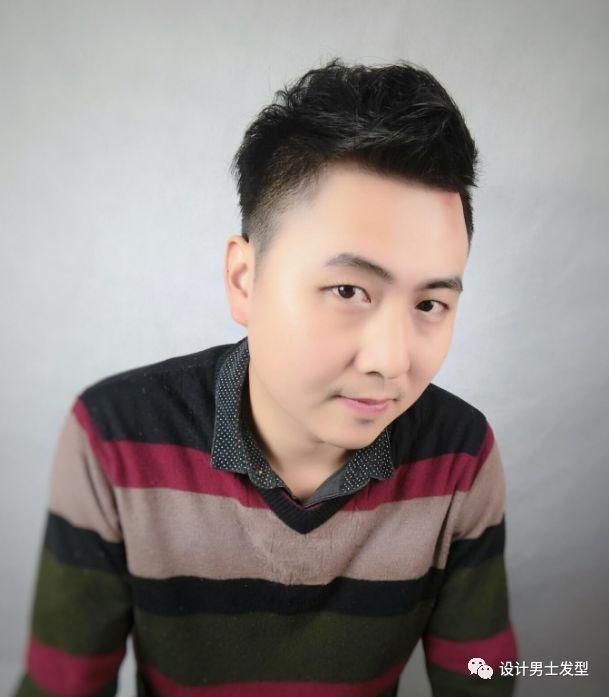 30岁男士青睐的发型!