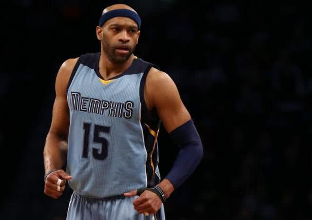 不抱团!留在NBA只为体现价值,即便终生无冠也不愿抱团坐冷板