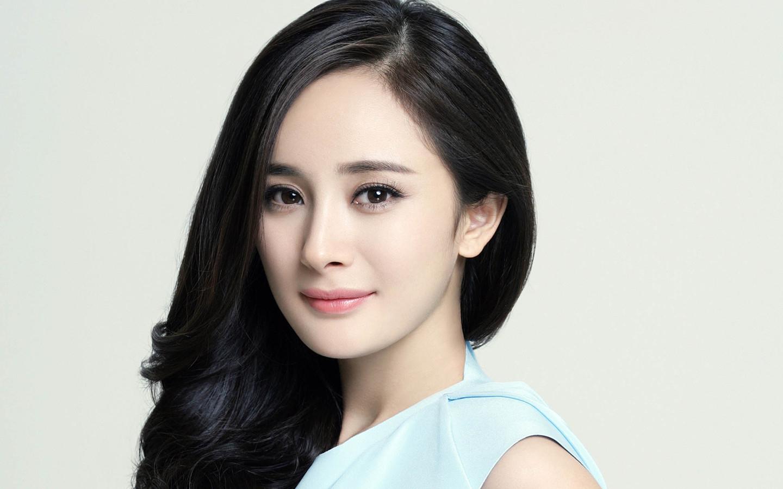 娱乐 正文  郭采洁是中国台湾的女演员,一头利落帅气的短发让她的辨识图片