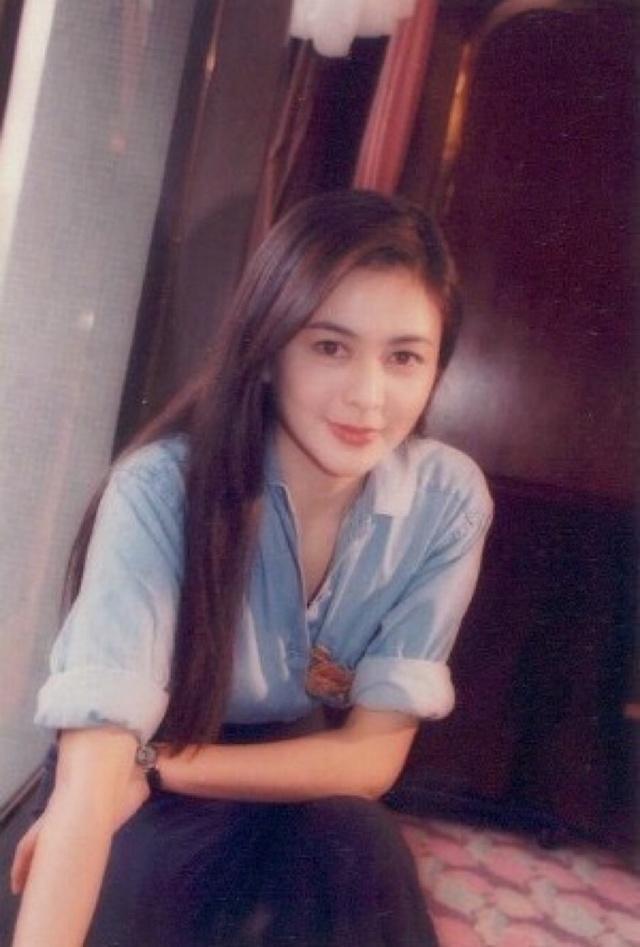 细数香港美女十大美女:青霞v美女,祖贤眨眼,朱茵穿衣约泰州电影图片