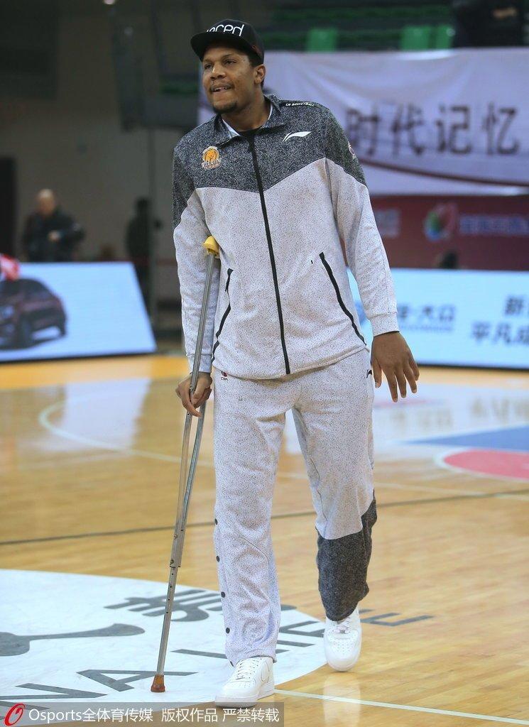 羽毛球运动员李玲蔚 天津对霍尔曼行使优先续约权 不出意外将会留队