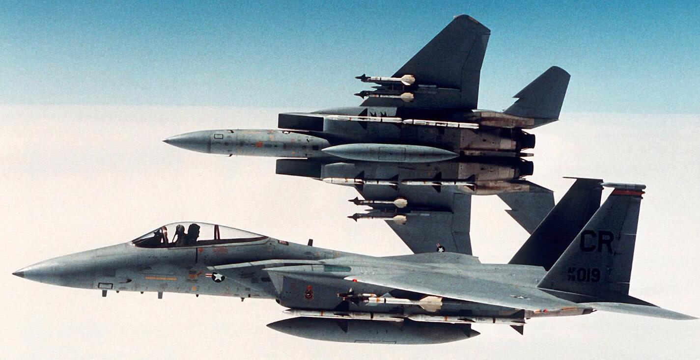 不满F35其笨如猪,以色列准备购买高机动F15半隐身战斗机