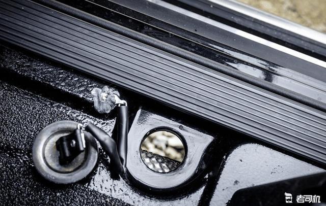 越野史上的传奇硬派车 比陆巡、普拉多更有气势 路虎没它耐造