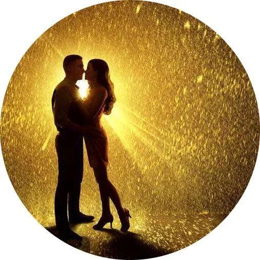 美女大提琴《爱的致意》美丽的爱情,永恒的亲情。