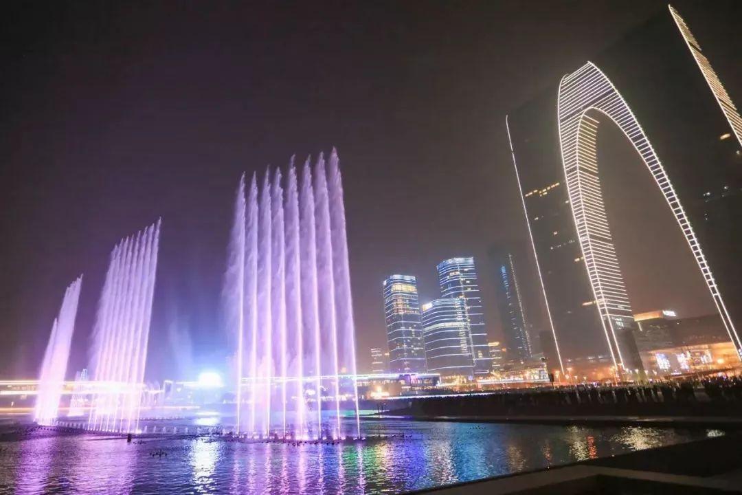 苏州湾音乐喷泉8月开放时间表,金鸡湖音乐喷泉再等一个月!图片