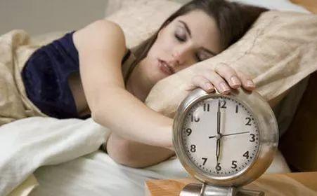 全世界失眠人口占比_失眠图片可爱