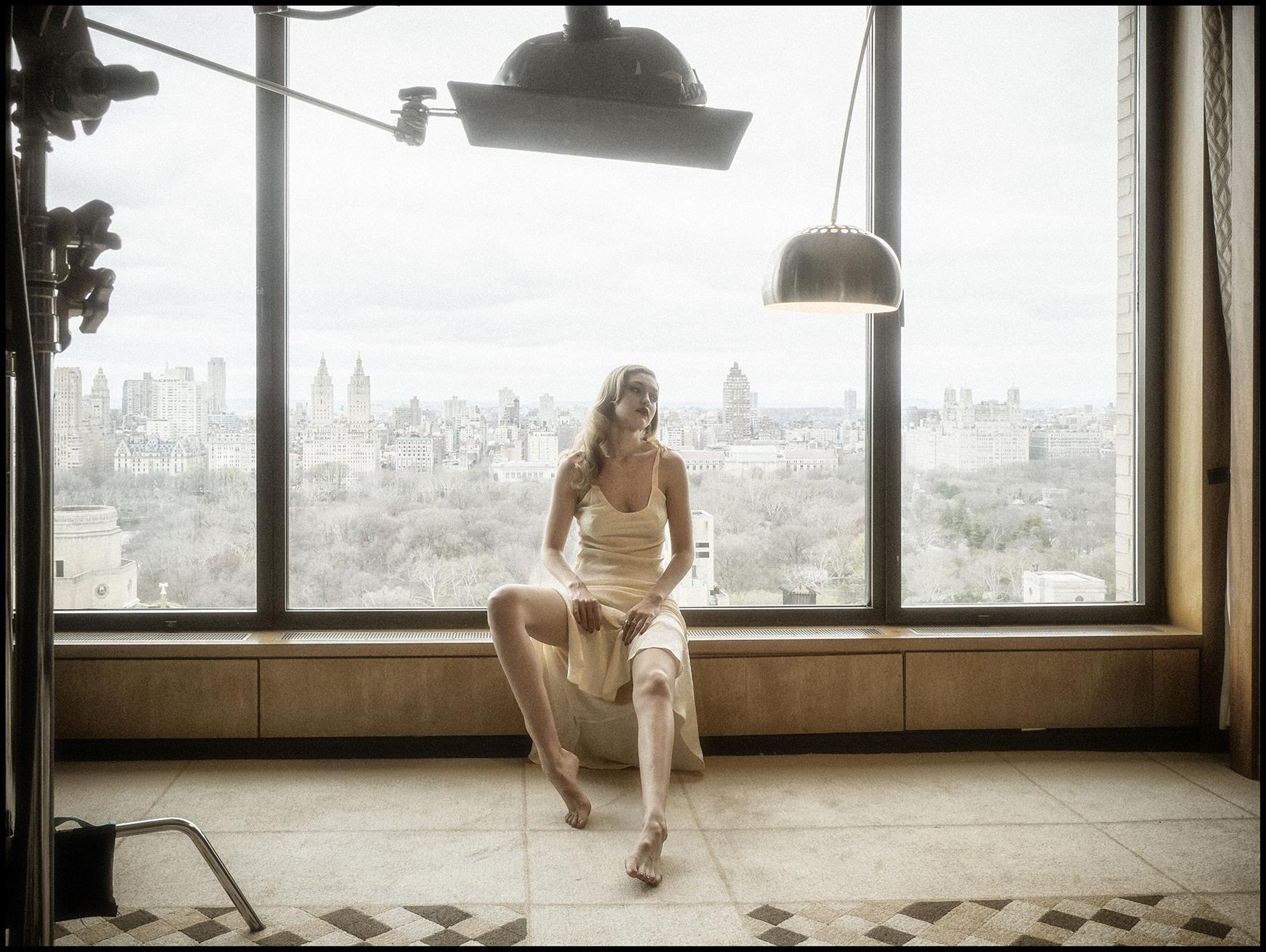 倍耐力2019年历 | 专访超模吉吉·哈迪德与设计师亚历山大王