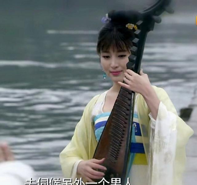 最近热播的《开封府传奇》中甘婷婷饰演的刘娥是谋臣枢密使张德林图片