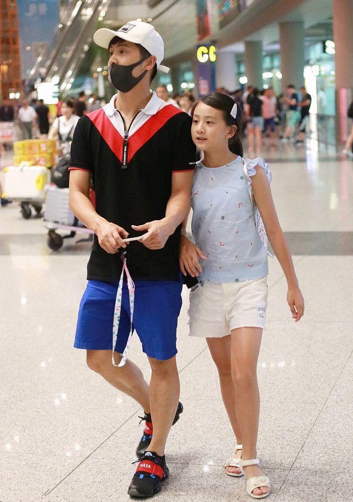 10岁 森碟 田雨橙穿短裤腿长竟快到1米,网友 叶一茜基因好强大