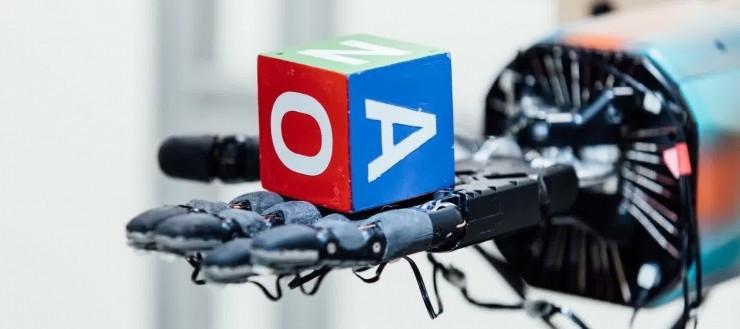 有史以来最精彩的自问自答:OpenAI 转方块的机械