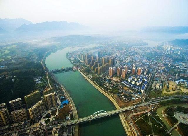湖南城市GDP_湖南12年前十强县区市,长株潭下面城市为主,一个城市最多