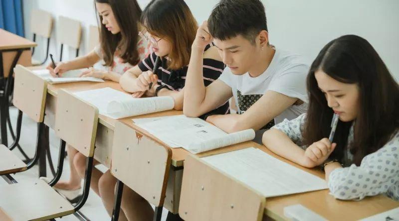 开学后要举行分班考,这个考试重要吗? 各科复习方案送给你!