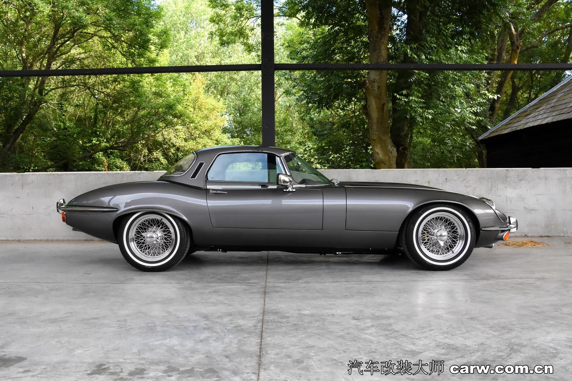 修复捷豹1974年Jaguar E-Type花费3000个工时