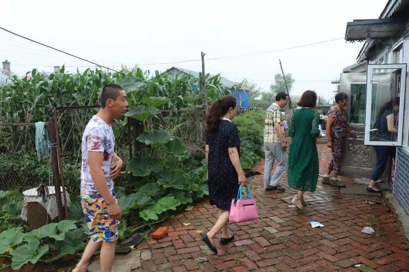 【庆安县妇幼保健院】深入和平村开展帮扶工作