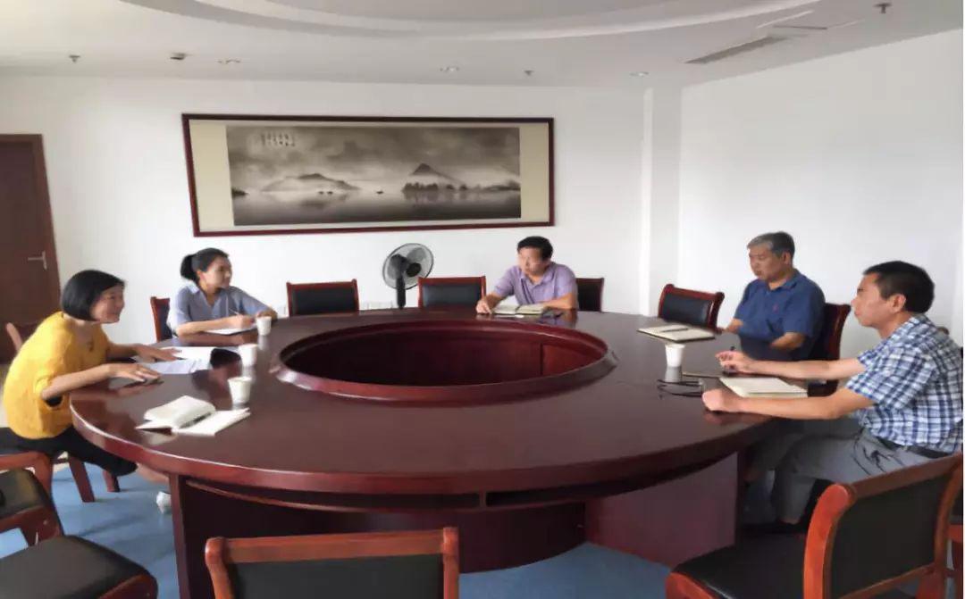 市旅委副书记,副主任何丽萍与交通部门对接全域旅游景区客运交通