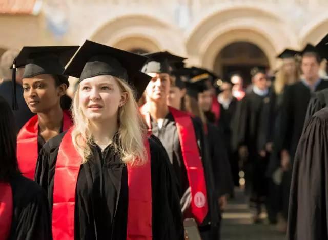 听说,在斯坦福读工科比在MIT或加州理工轻松得多?真的吗?