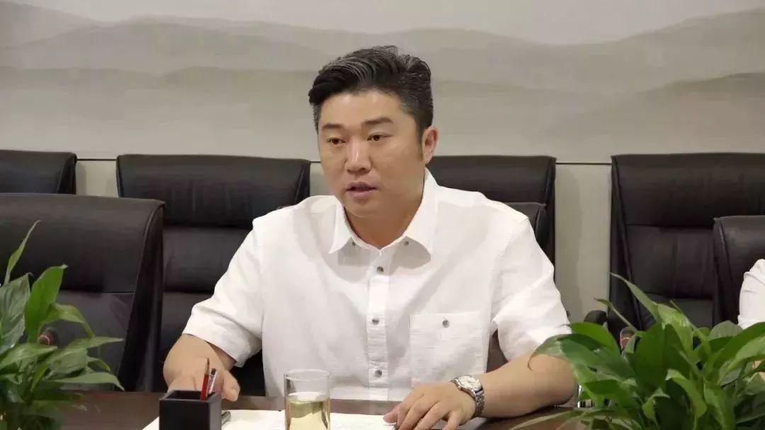 荣华董事长_荣华富贵图片