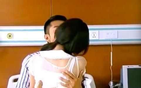 张丹峰娄艺潇吻戏激烈险成真,洪欣禁止张丹峰拍摄吻戏图片