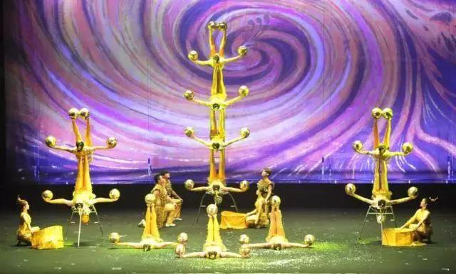 《中国梦·民族魂——华山剑阵》
