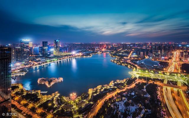 中国城市gdp排名_中国城市GDP排名2018:上半年深圳、广州GDP谁跑赢