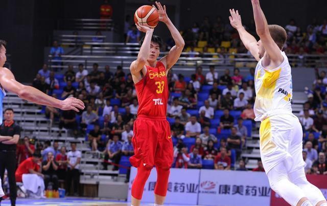 """""""库里""""大发飙,中国男篮四国赛胜券在握,吴前两场比赛狂砍55分"""