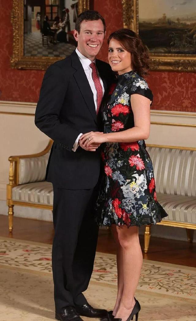 英女王孙女为《Vogue》拍摄大片,两公主颜值和衣品让人无力吐槽