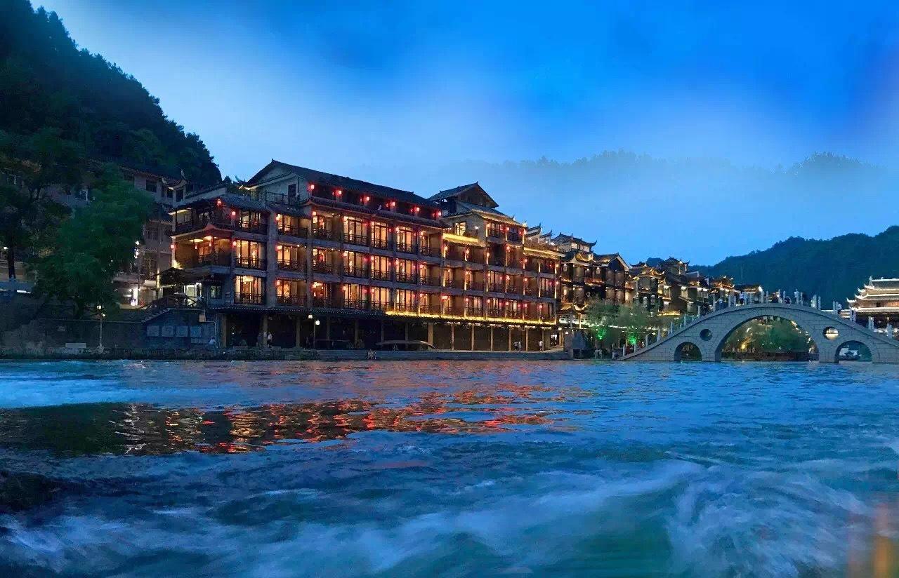 邛崃平乐古镇酒店设计|平乐古镇精品酒店设计要点|新东家设计