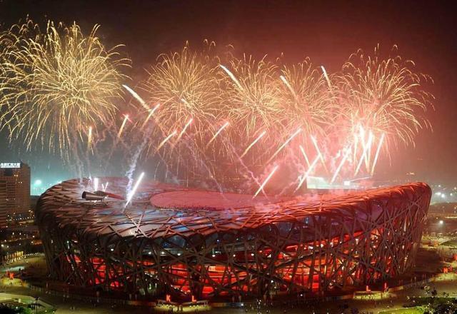 2018年是奥运十周年,也是酒店从物稀为贵到屡见不鲜的十年