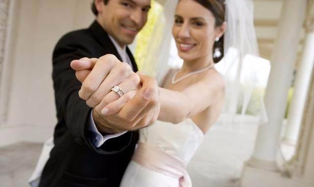 命理解析为何妻子是男人的财星