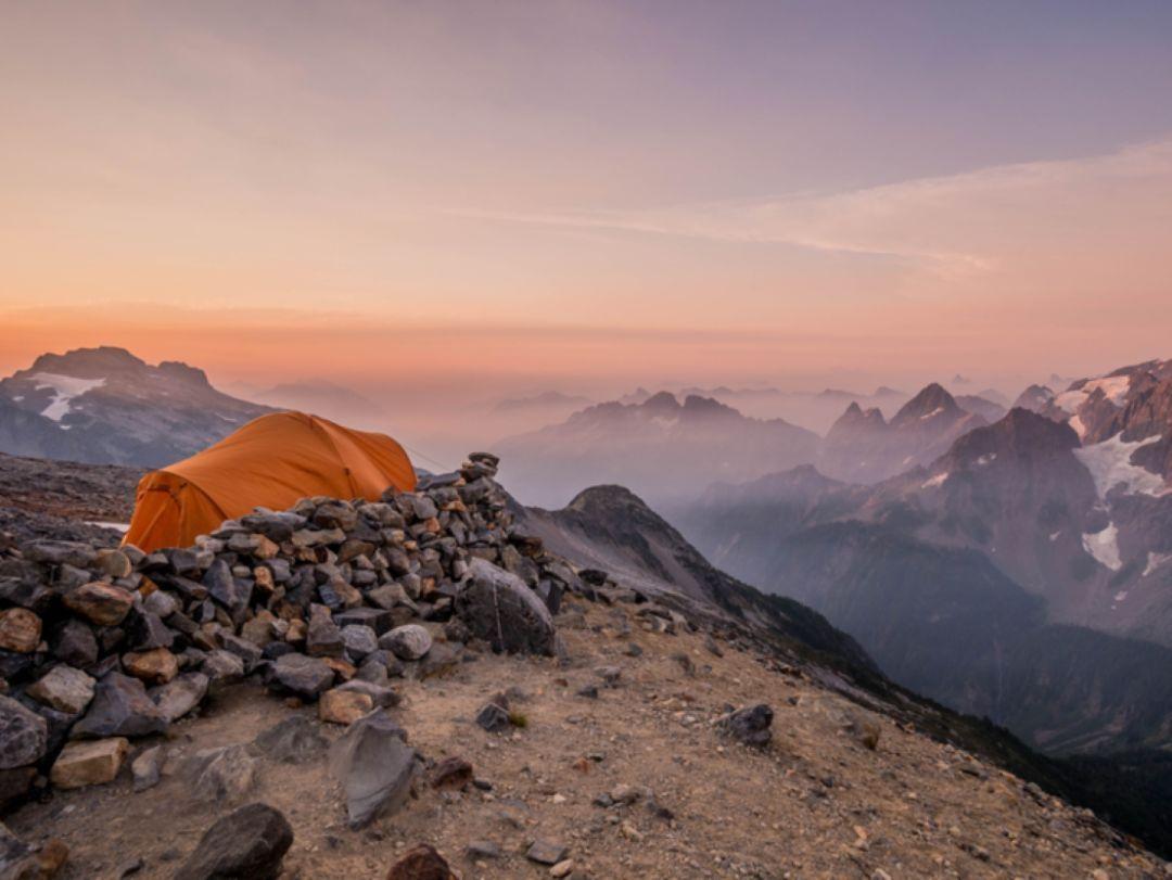 住帐篷也能上瘾?先看看世界上最美的16处露营地