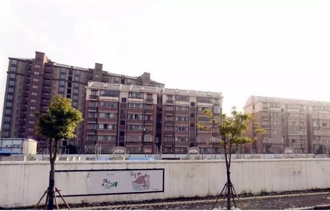上海新房市场小盘点:预证频发,前滩两盘抢手超中粮!