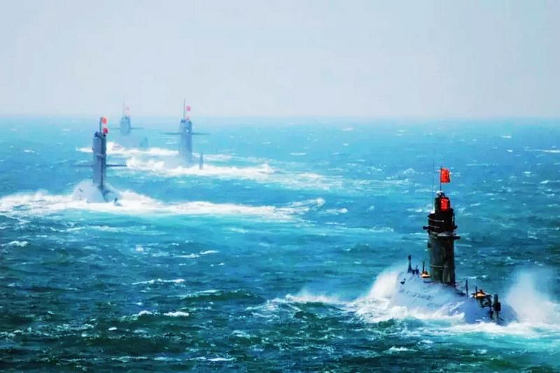 潜艇的雷达是什么原理_潜艇后面的东西是什么