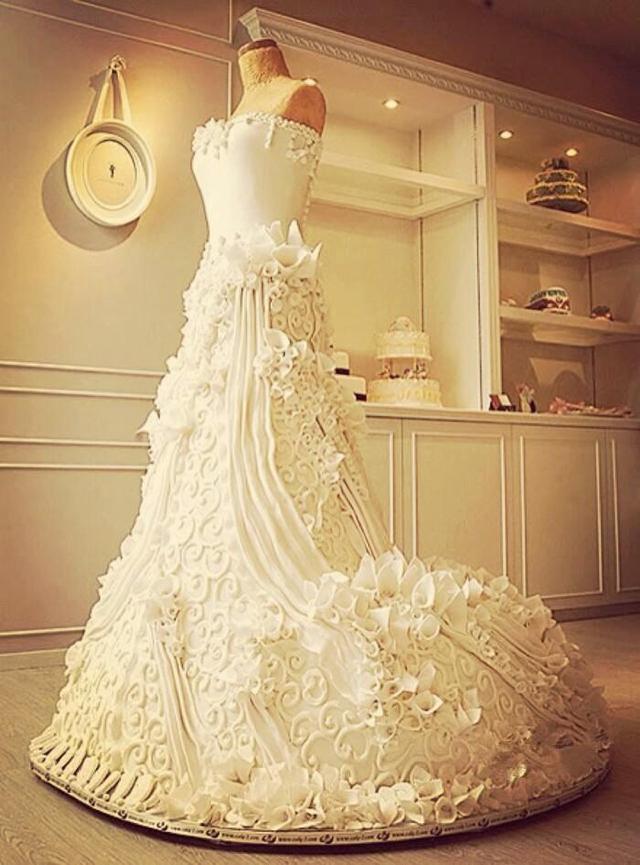 美食 正文  5,婚纱蛋糕 关于爱情,女孩们一定幻想过婚纱,那是一生中最