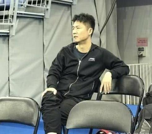 国乒争议教练入选亚运阵容!弟子输球他扭头就走,...