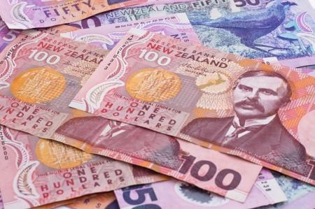 外汇亚盘:新西兰元重挫0.88% 新西兰央行行长称如有必要可能降息