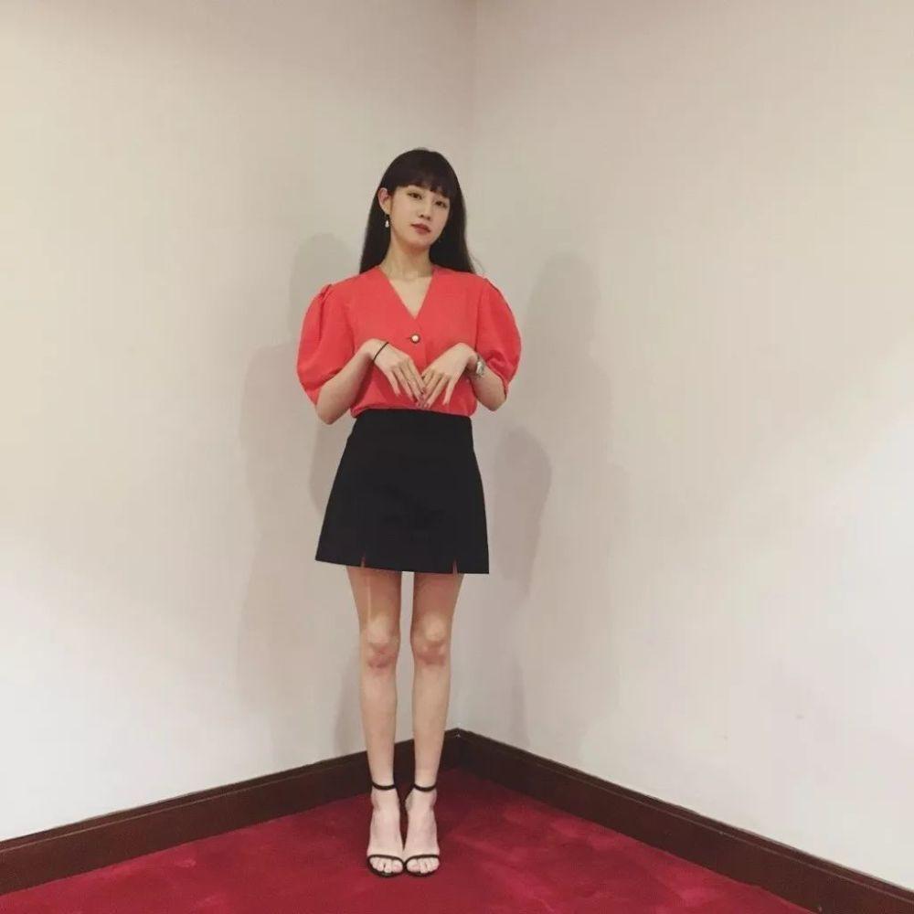 朴女星狂瘦60斤变宝蓝腿,韩国筷子v女星真怀孕减肥药一个吃月了图片