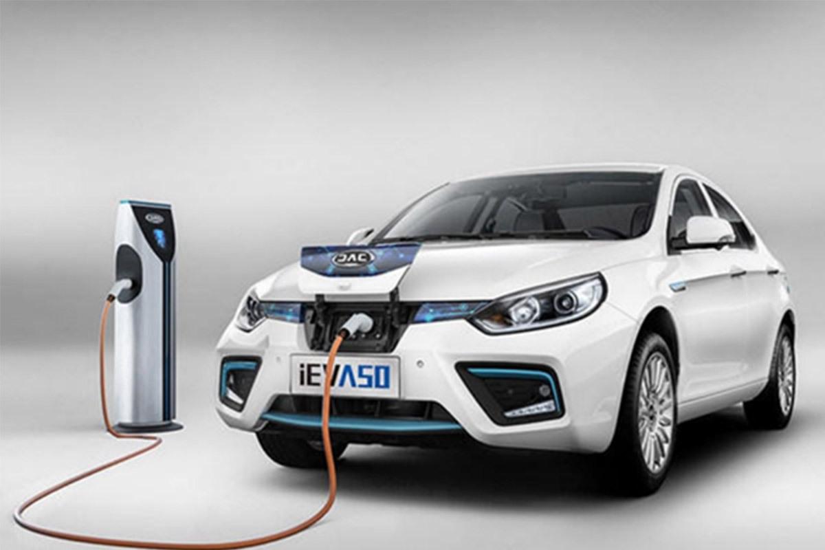 新能源车主必看 烈日下新能源车是怎么避暑的