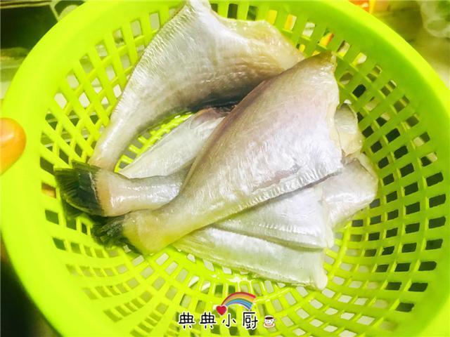 这鱼肉质坚实,少刺,一周做几次,家人依旧吃不厌!