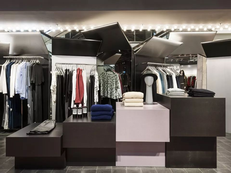 德国高端百货商场设计:与慕尼黑冷硬的都市风格相呼应