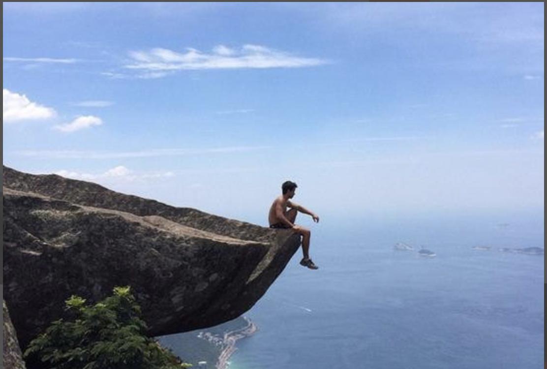 中国游客泰国自拍坠崖身故,全球许多景区已经开始禁止自拍