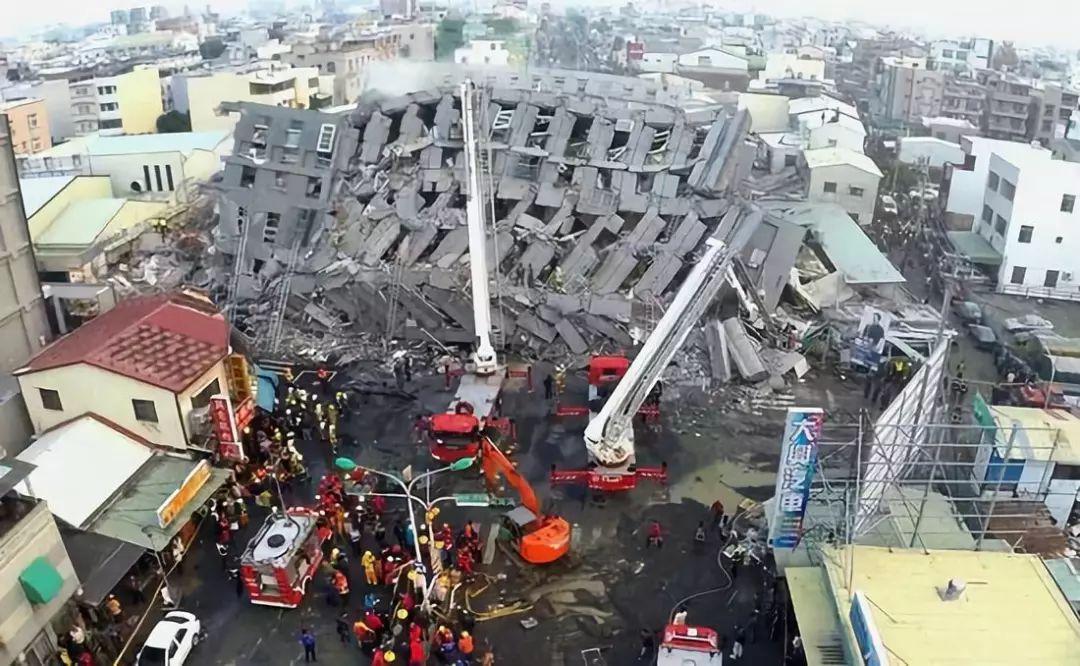 地震作用和结构受力与变形比较均匀协调,使建筑结构的 抗震性能和抗图片