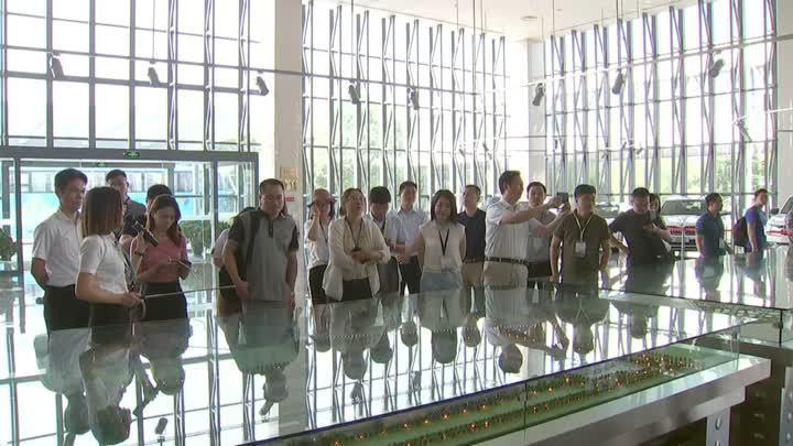 """""""大江奔流""""大型主题采访团抵扬,讲述高质量发展""""扬州故事"""""""
