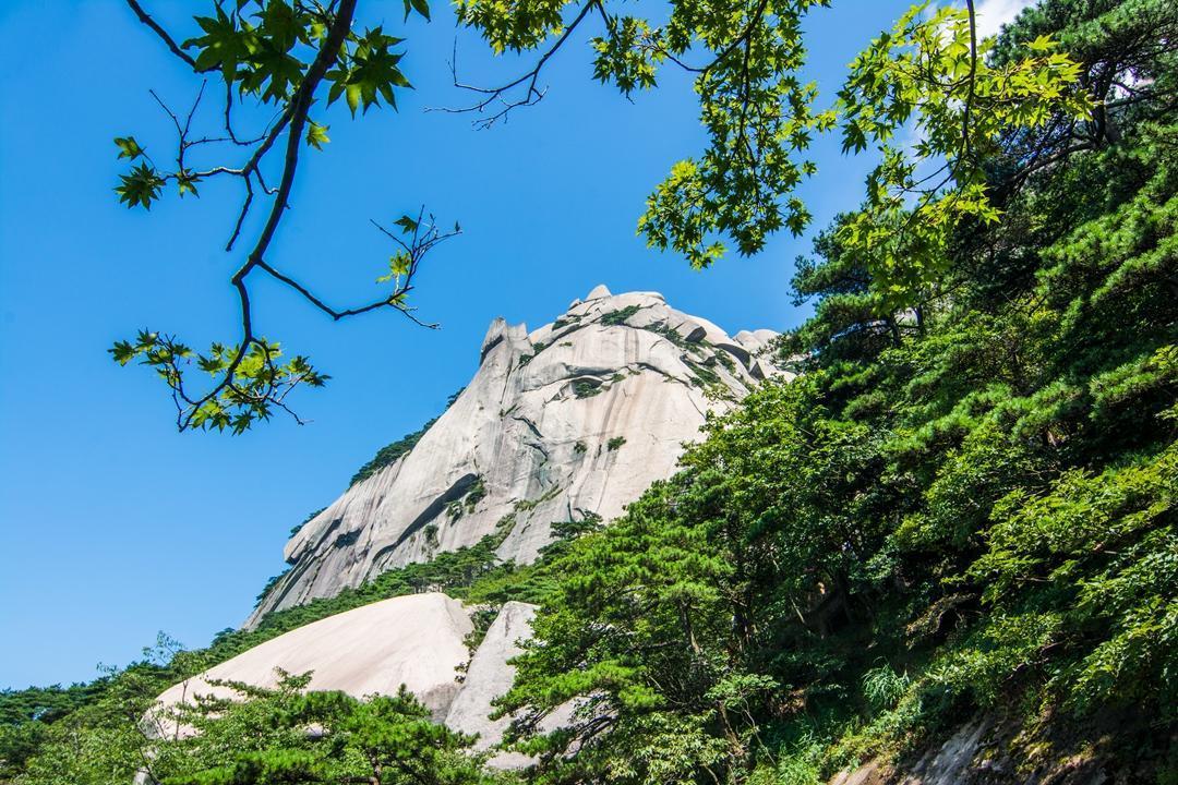 天柱山在哪_安徽的简称来自哪座山?不是黄山和九华山,原来是这座山 ...