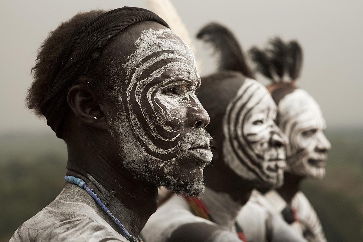 人体非洲艺术_非洲原始部落的\
